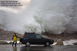 Giant_wave